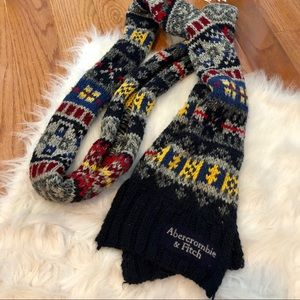 Abercrombie & Fitch Knit Winter Scarf